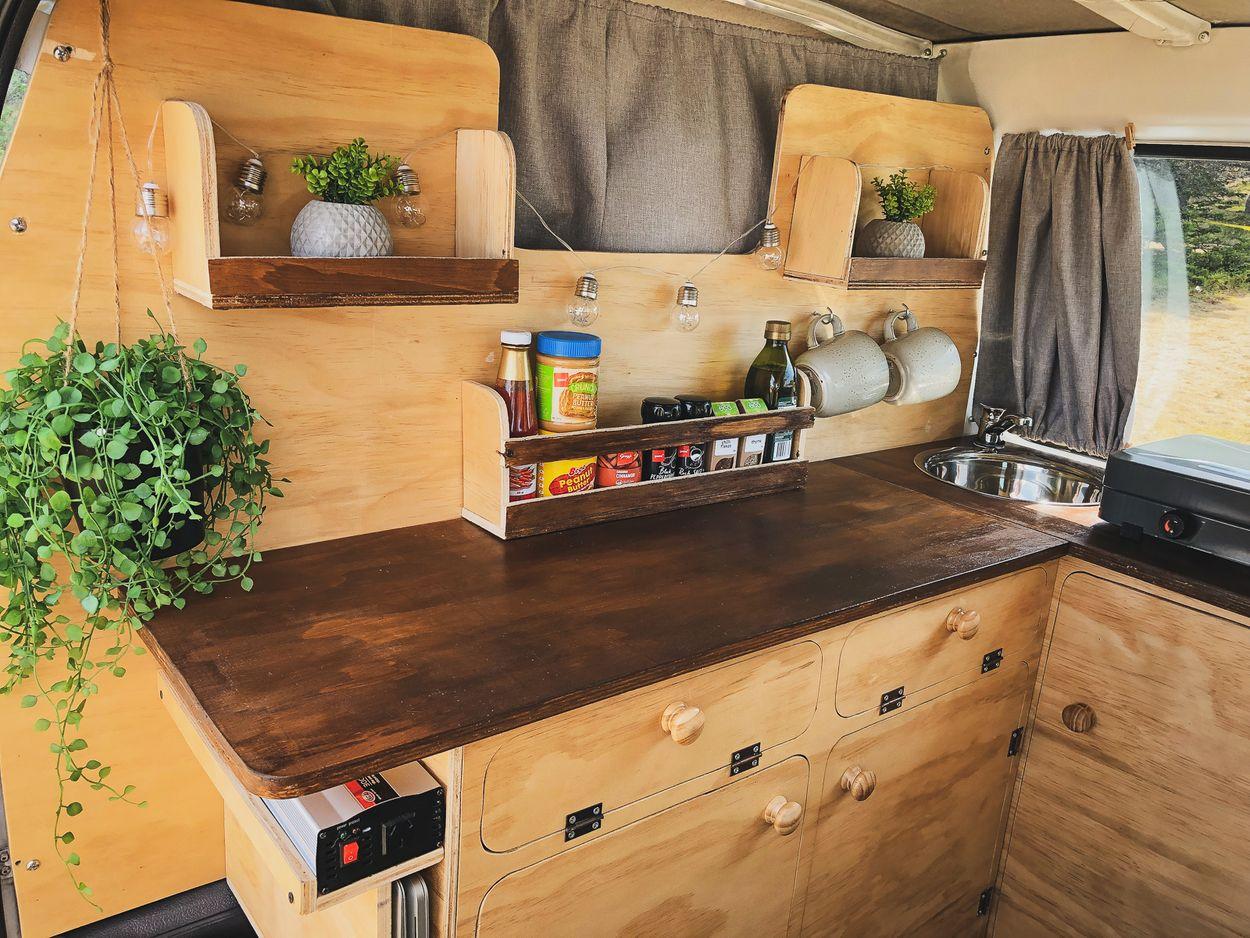 by NOMADS - camper keuken