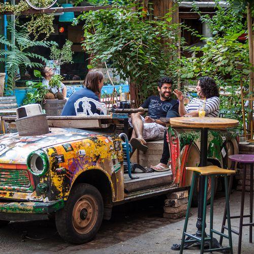 Afbeelding van Ruïne-cafés: waar cultuur snuiven en bier drinken prima samengaan